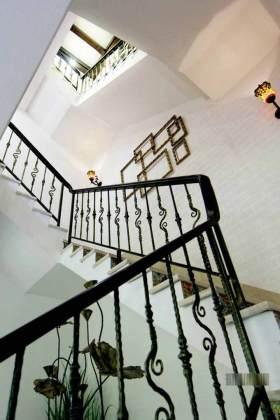 新古典主义风格楼梯设计效果图