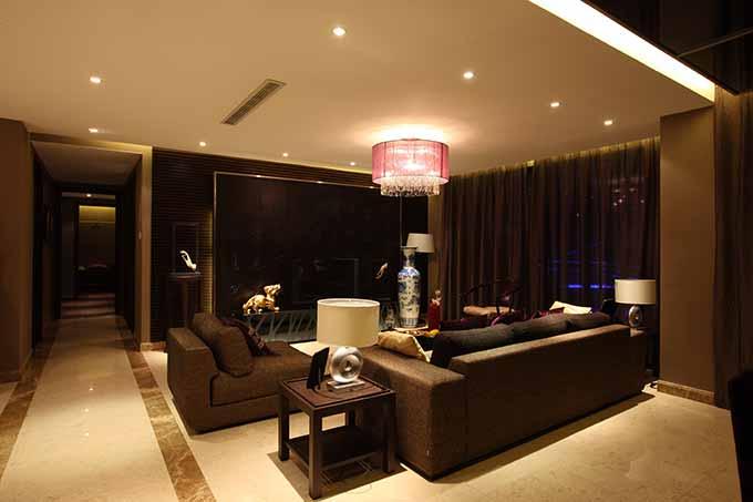 现代时尚客厅装潢设计图