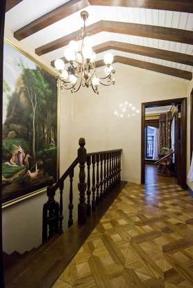 新古典楼梯装修效果图