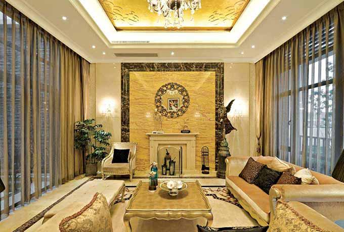 金碧辉煌欧式客厅装修效果图