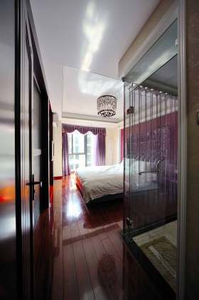 紫色浪漫欧式风格卧室装潢装修