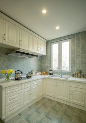 简欧白色厨房设计
