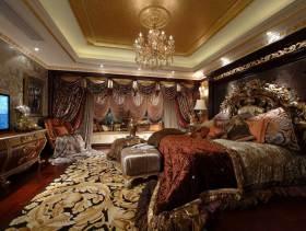 奢华古典欧式三室两厅装修案例欣赏