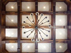 米色温馨新古典风格吊顶设计赏析