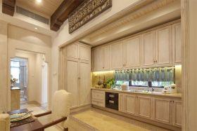 美式风格米色厨房橱柜效果图