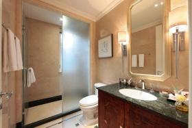 黄色新中式卫生间装饰设计图片