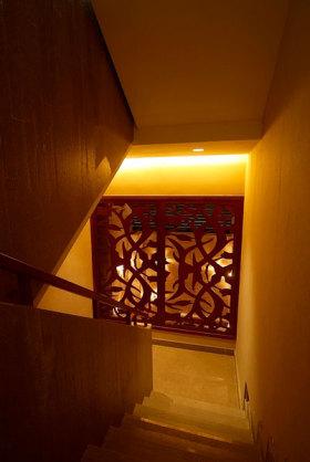 东南亚精美雕花楼梯设计欣赏