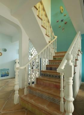 美式浪漫清爽楼梯设计装潢赏析