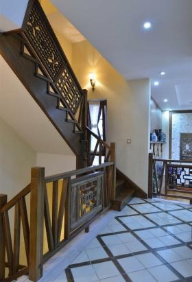 中式风格雅致白色楼梯装潢案例