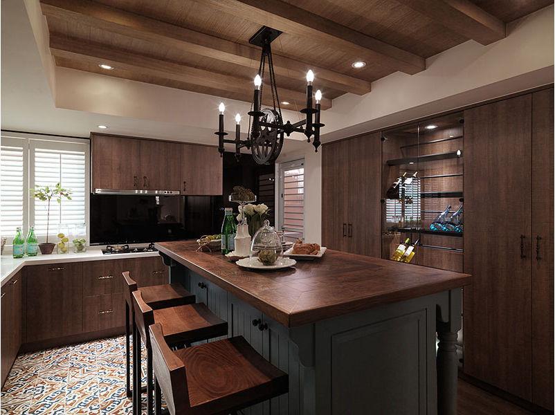 美式风格个性原木色厨房装饰案例