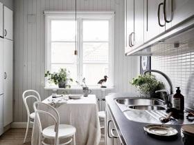 白色清新宜家风厨房装修设计