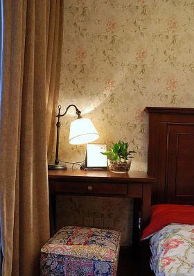 褐色东南亚风格卧室壁纸欣赏