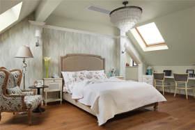 米色美式风格卧室吊顶装修效果图