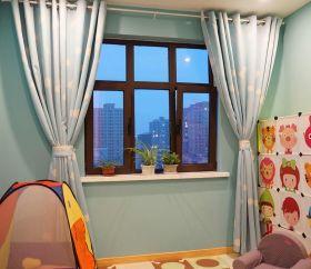 米色可爱现代风格窗帘装修设计
