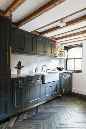 美式风格休闲厨房橱柜装修设计