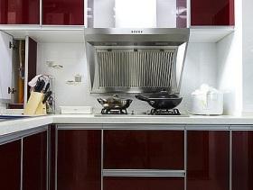 现代风格时尚红色厨房设计欣赏