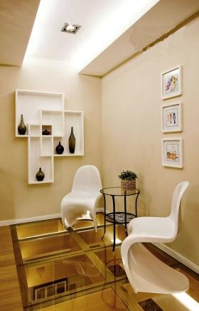 米色现代风格照片墙装修案例