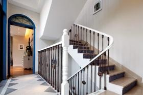 地中海米色楼梯效果图欣赏