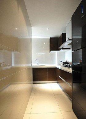 宜家风格黑色厨房装修效果图片
