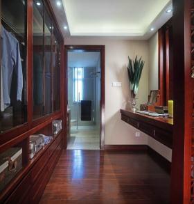 东南亚风格个性红色过道装修布置