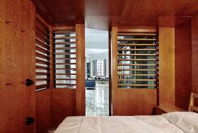 橙色大气美式卧室隔断装修图片