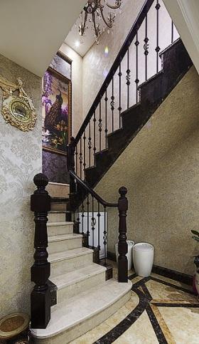 精致时尚欧式黑色楼梯设计案例