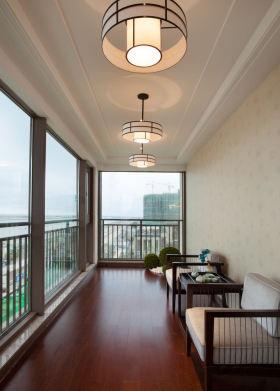 美式雅致风格阳台吊顶装修案例