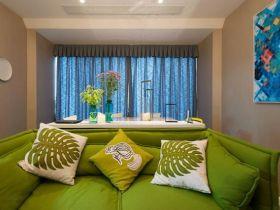 绿色清新现代风格客厅窗帘图片欣赏