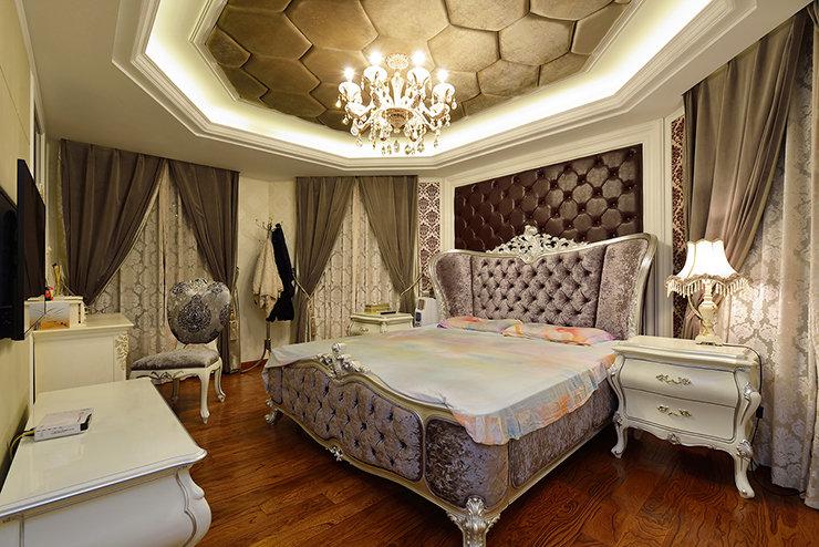 浪漫古典欧式宫廷风卧室装饰图