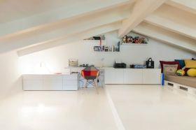 2016简约风格白色阁楼装潢设计