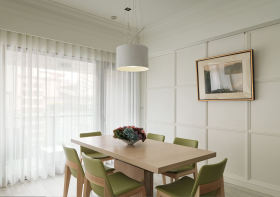 米色清新美式风格餐厅窗帘设计欣赏