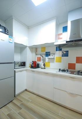 简洁宜家风格厨房效果图欣赏