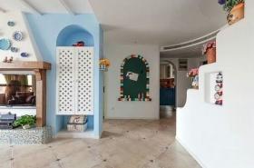 白色地中海风格衣柜装修效果图片