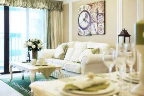 米色简欧风格客厅背景墙装潢