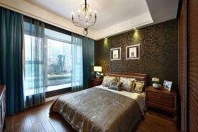 东南亚风格精致温馨卧室吊顶装潢
