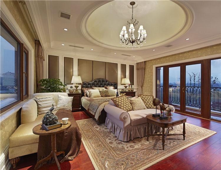 休闲美式风格卧室吊顶装修效果图片