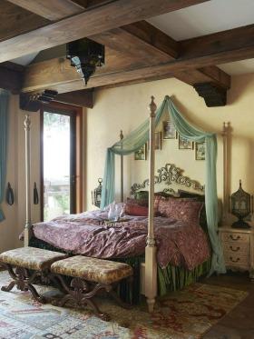 欧式田园风格卧室吊顶装修设计