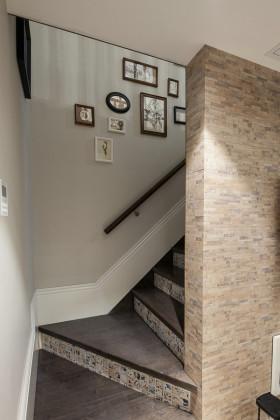 米色素雅地中海风格楼梯装修案例