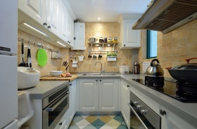 简欧风格素雅米色厨房装修设计