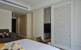 现代简约白色卧室隔断装修效果图
