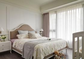 素雅质朴米色美式卧室窗帘装修图