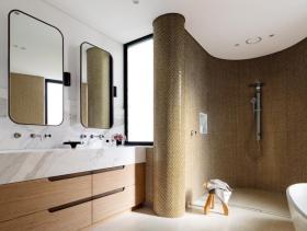 现代时尚卫生间装修图片