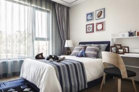 美式风格休闲卧室窗帘装潢案例