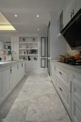 白色素雅新古典厨房装饰图