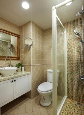 黄色简约风格卫生间装饰设计图片