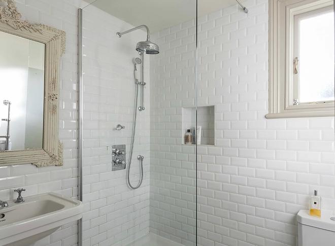 2016白色欧式风格卫生间效果图欣赏