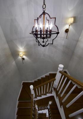 简欧风格灰色楼梯装修设计图