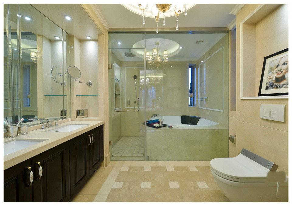 白色清爽欧式卫生间装饰设计图片