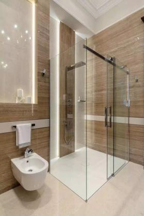 现代风格简洁卫生间装修案例