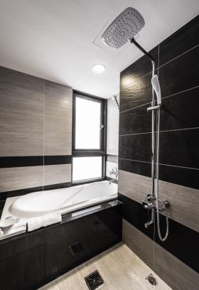 现代简约风格黑色卫生间装修图片